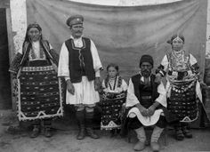 A family portrait taken somewhere in Prilep district about 100 years ago.