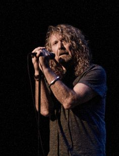 Robert Plant * saw him at Maple Leaf Gardens with my 4 roommates from college