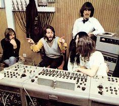 Music studio photography the beatles 20 Ideas Dance Music, New Music, Music Quote Tattoos, Beatles Albums, All My Loving, Ringo Starr, Yoko, Paul Mccartney, John Lennon