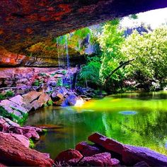 … The surreal Hamilton Pool… | 27 Reasons Living In Texas Ruins You For Life