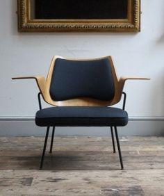 Bugholzstühle, Polsterstühle, Möbel Stühle, Design Möbel, Moderne Möbel,  Retro Stühle, Blaue Stühle, Moderne Stühle, Rotkehlchen