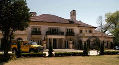 """Zombieland house in movie - used as Bill Murray's house, actually it is located in Atlanta, GA and owned by a """"former"""" boyfriend of one of the """"Real Housewives of Atlanta"""" real estate developer Lee Najjar."""
