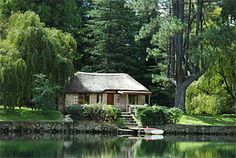 In a valley among the foothills of the Southern Drakensberg lies a secluded lake, a natural sanctuary far from the distractions of modern life. Kwazulu Natal, Lush Green, Places To Visit, Cottage, Holidays, House Styles, Modern, Poster, Travel