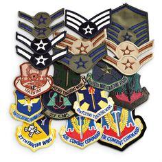 I want patches like these.  Some of these would make a a nice  addition to my collection.