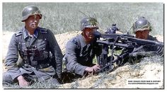 German MG-42 crew