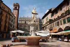 Verona, Italy: Piazza delle Erbe