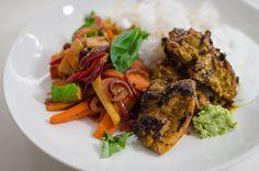 Tandoori chicken with stir fry vegetables