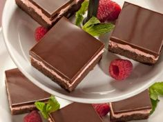 Chocolate Raspberry Dessert Recipe. Yum! Love anything with chocolate & raspberry!