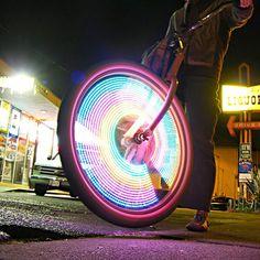 WOW~LOVIN this MonkeyLectric LED Bike Wheel Lights for my son!!!! ღ❤ღ