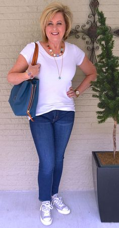 50 IS NOT OLD | T-SHIRT AND JEANS SERIES | Spring | Casual | Comfortable | Converse | Fashion over 40 for the everyday woman
