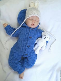 Knitting Patterns Romper knitting a newborn boy Knitting For Kids, Crochet For Kids, Crochet Baby, Baby Boy Cardigan, Baby Girl Romper, Knitted Baby Clothes, Knitted Romper, Baby Set, Kids Overalls