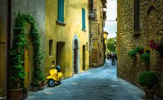 Unesco World Heritage Site Stock Pictures, Royalty-free Photos & Images Fine Art Prints, Framed Prints, Canvas Prints, Framed Wall, Siena, Palazzo, Italy Images, Yellow Houses, World Heritage Sites