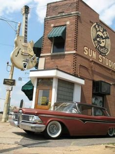 Sun Studio, famous recording studio opened by Sam Phillips in Memphis, Tennessee