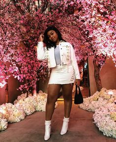 Kim Kardashian, Kanye West Cherry Blossom Baby Shower For Third Baby Beauty And Fashion, Girl Fashion, Womens Fashion, Trendy Outfits, Summer Outfits, Cute Outfits, Nice Thighs, Kim Kardashian Kanye West, Moda Instagram
