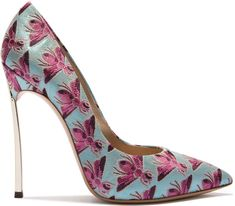 Beedrill pump by Casadei for Spring 374393784df2
