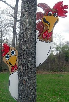 2 piece Farm Chicken Tree Stable Peeker Farm Yard Art Decoration