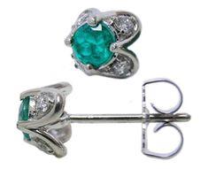 Colombian emerald stud earrings