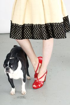 Darling vintage skirt and snazzy red shoes