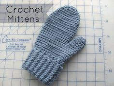 half double: Crochet Mittens - Free pattern by Hannah Wadsworth.