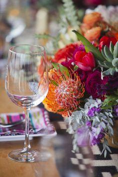 Spanish style – Mediterranean Home Decor Wedding Flower Arrangements, Wedding Flowers, Wedding Colors, Wedding Styles, Wedding Trends, Wedding Ideas, Flower Studio, Mediterranean Home Decor, Wedding Moments
