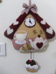 Tea time felt by dale Felt Diy, Felt Crafts, Fabric Crafts, Sewing Crafts, Diy And Crafts, Sewing Projects, Arts And Crafts, Felt Christmas, Christmas Crafts