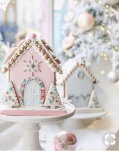 I'm Dreaming Of A Pink Christmas - The bakery - This Christmas pink Gingerbread house has my heart!- See more pink Christmas ideas on B. Christmas Gingerbread House, Noel Christmas, Pink Christmas, Christmas Desserts, Christmas Treats, Christmas Baking, Gingerbread Cookies, Christmas Cookies, Christmas Decorations
