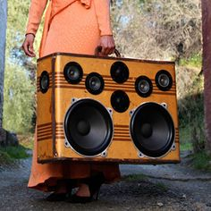 vintage suitcases into portable stereo masterpieces.