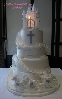 Horse and carriage communion cake
