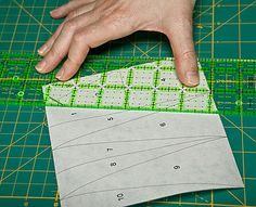 Freezer Paper Foundation Piecing : the twiddletails store, quilt fabric, quilting fabric, free quilt patterns,WONDERFUL tutorial
