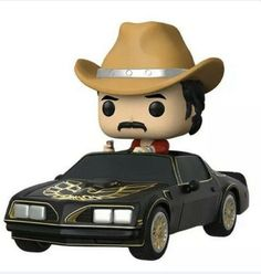 * From Smokey and the Bandit, Bo Bandit Darvill in Trans Am, as a stylized POP vinyl from Funko!* Stylized collectible stands nearly 10 cm tall, perfect for any Smokey and the Bandit fan! * Collect and display all Smokey and the Bandit Pop! Men In Black, Smokey And The Bandit, Chuck Norris, Pop Vinyl Figures, Wii U, Universal Studios, Bandit Trans Am, Jeux Xbox One, Deadpool