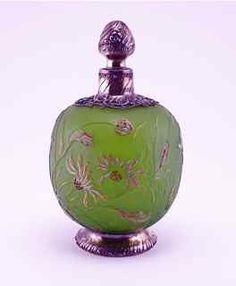Botella de perfume c1900 Galle camafeo de cristal
