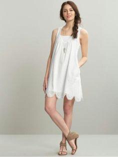 Vestido blanco, casual, para salir de tarde