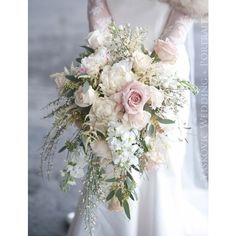 30 Stunning Cascading Wedding Bouquets ❤ liked on Polyvore featuring home, home decor, rustic home decor and floral home decor