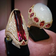 Come on and visit her: our pink tourmaline statement ring with diamonds in gold