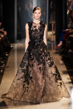 Elie Saab Spring 2013 Couture Fashion Show - Mirte Maas Style Couture, Couture Mode, Couture Fashion, Runway Fashion, Fashion Show, Fashion Week, Elie Saab Couture, Beautiful Gowns, Beautiful Outfits