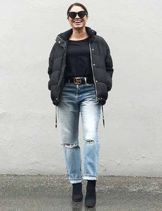 How To Style Mom Jeans – 27 Outfit Ideas