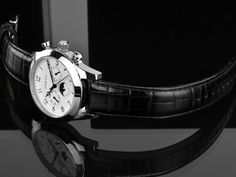 LOUIS XVI WATCH, Dauphin, stainless steel case, wihte dial, day&night.