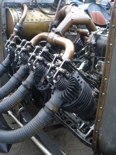 Vintage Sports Cars, Vintage Race Car, Classic Trucks, Classic Cars, Automotive Engineering, Crate Engines, Antique Trucks, Old Race Cars, Car Engine
