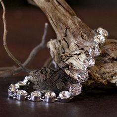 Crystalp Collier Bracelet with Swarovski Crystals Valentine Day Gifts, Swarovski Crystals, Diamond Earrings, Ribbon, Bracelets, Silver, Jewelry, Tape, Treadmills