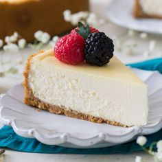 The best cheesecake recipes . We've rounded up 10 indulgent, creamy cheesecake recipes to satisfy your sweet tooth, featuring baked and chilled desserts, Healthy Cheesecake Recipes, Best Cheesecake, Chocolate Cheesecake, Cookie Recipes, Dessert Recipes, Cheesecake Recipe Without Eggs, Cotton Cheesecake, Classic Cheesecake, Chocolate Pudding