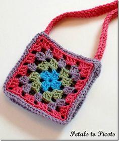 Granny Square monedero Modelo del ganchillo |  www.petalstopicots.com |  #crochet #pattern #granny #square
