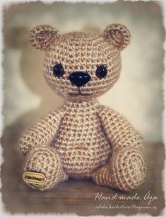 Crochet with love - Hand made Ája: Golden Bear - aneb místo zlatého prasátka :D Golden Bear, Teddy Bear, Toys, Crafts, Handmade, Animals, Bears, Amigurumi, Tejidos