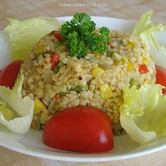 Vaříme zdravě » Bulgur se zeleninou Healthy Life, Healthy Eating, Fried Rice, Quinoa, Food And Drink, Health Fitness, Vegetarian, Nutrition, Lunch