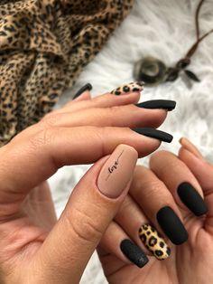 Леопардовые матовые ногти Животный принт