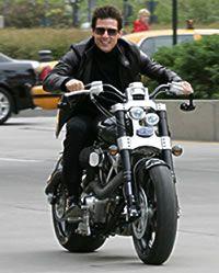 Tom Cruise on Confederate Hellcat F131