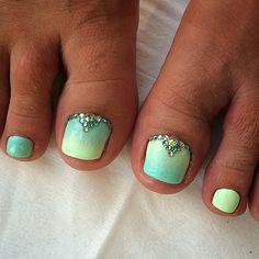 Beach rhinestone nails green ombre