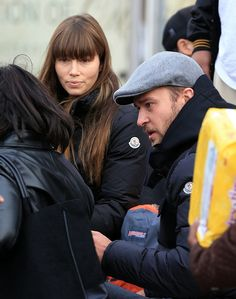 #Celebrity #Charity Jessica Biel and Justin Timberlake spend about four hours packing backpacks full of food and supplies for the victims of Hurricane #Sandy in Far Rockaway, Queens, N.Y. today (Nov. 10, 2012)