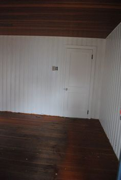 Use shellac primer over knotty pine panelling due to polyurethane coating, otherwise latex paint will peel off walls. Knotty Pine Paneling, Knotty Pine Doors, Knotty Pine Walls, Pine Plywood, Plywood Chair, Modern Home Furniture, Classic Furniture, Furniture Design, Interior Design Software