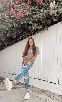 Casual School Outfits, Summer Outfits For Teens, Cute Casual Outfits, Simple Outfits, Basic Outfits, Tween Fashion, Teen Fashion Outfits, Teenager Outfits, Look Cool