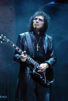 Tony Iommi - Black Sabbath, Heaven and Hell